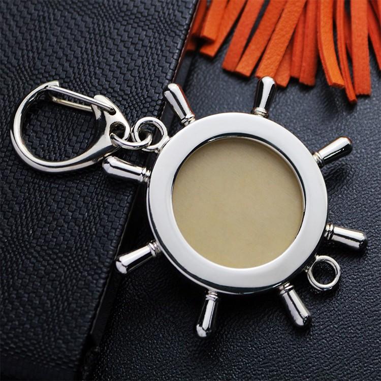 Steering wheel  custom logo metal keychains with lobster hook funny keychains